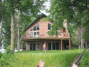 Long Lake, Wisconsin Pet Friendly Rentals